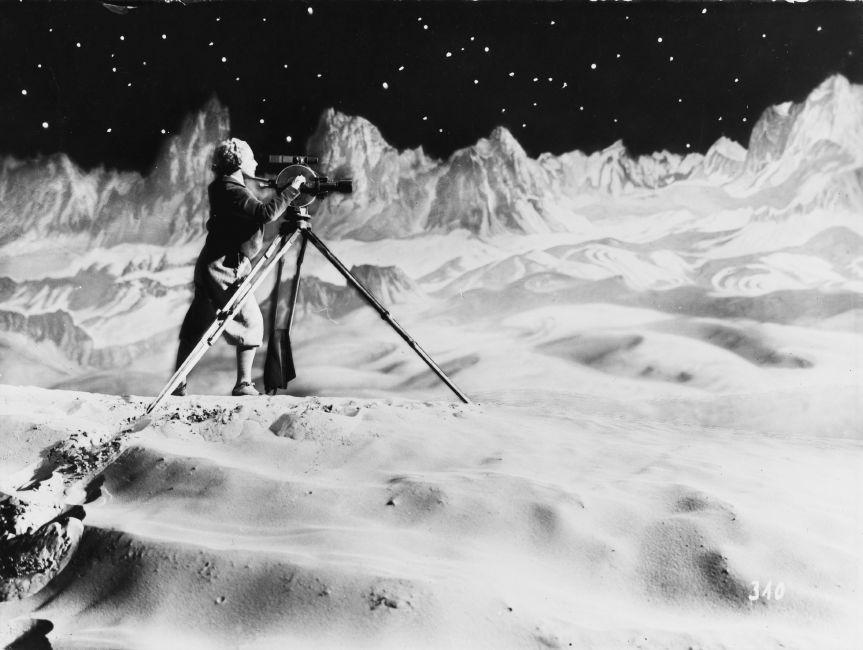 Fra Louisianas aktuelle publikum- og anmeldersucces 'Månen - Fra den indre verden til det ydre rum': Fritz Lang: Frau im Mond, 1929, Foto: Horst von Harbou / Deutsche Kinemathek